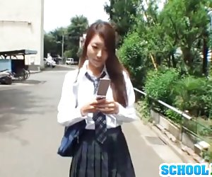 Sexig skolflicka kringgår läxor för en hård jävla